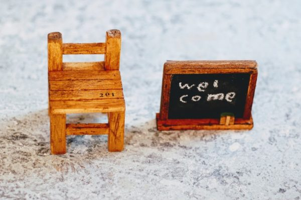端材DIY・椅子と黒板