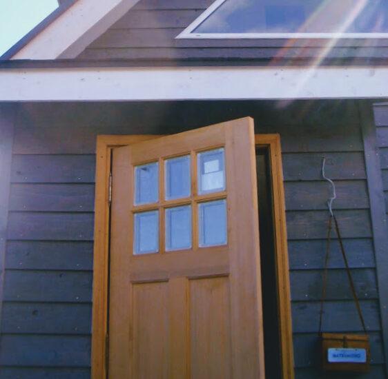 玄関ドア塗装DIY